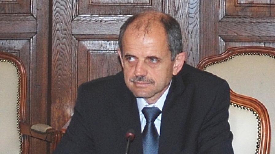 Георги Костов остава председател на Селскостопанската академия