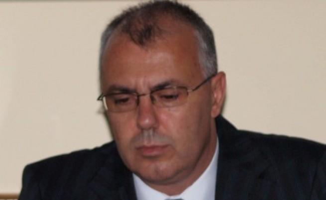 Вучков: Държавата да си дойде на мястото - не става с натискане на копче