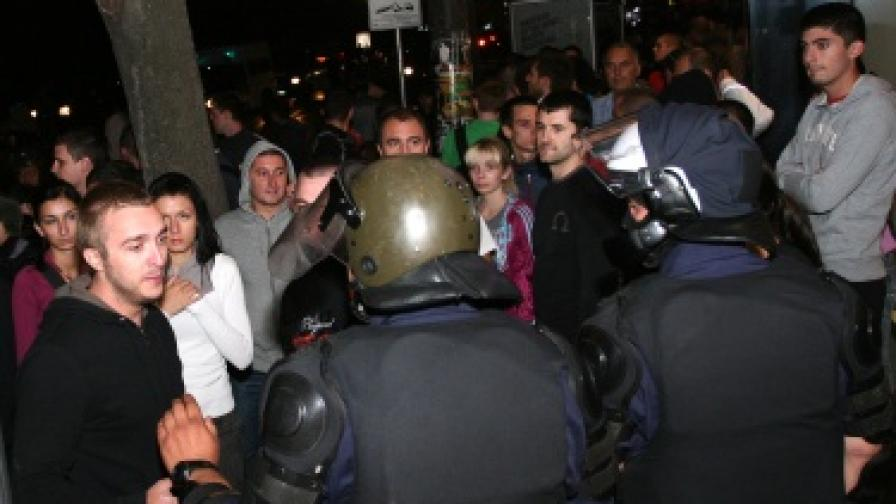 Напрежението ескалира при протестите в подкрепа на жителите на село Катуница