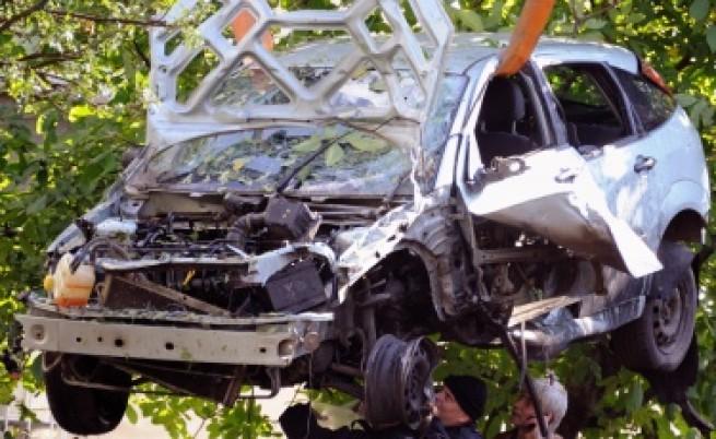 Взривиха колата на Сашо Диков с 1 кг тротил