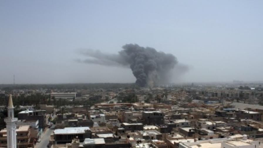 НАТО прекратява мисията в Либия