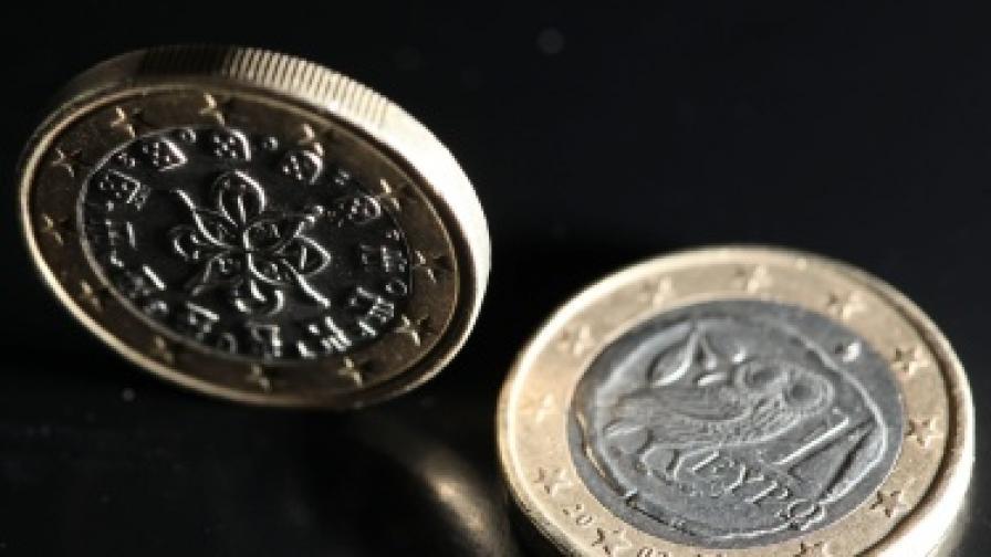 Спад на борсите и опасения за несигурност заради референдума в Гърция