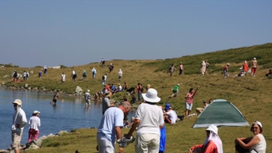 120 000 туристи годишно унищожават Седемте Рилски езера
