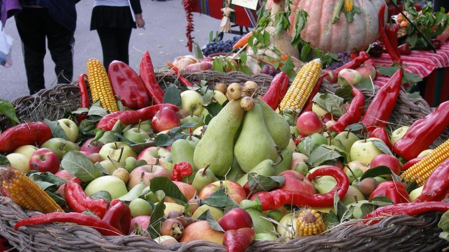 Плодовете поевтиняват по тържищата