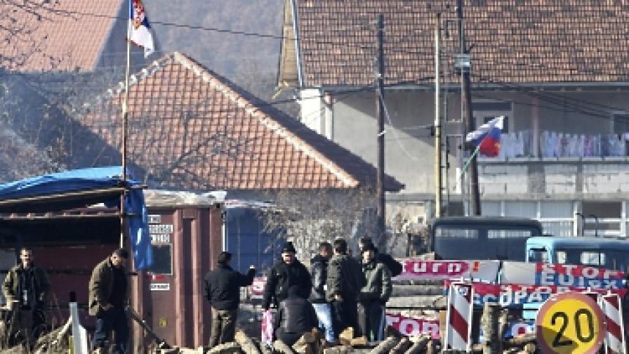 Косово: Споразумение има, но барикадите остават