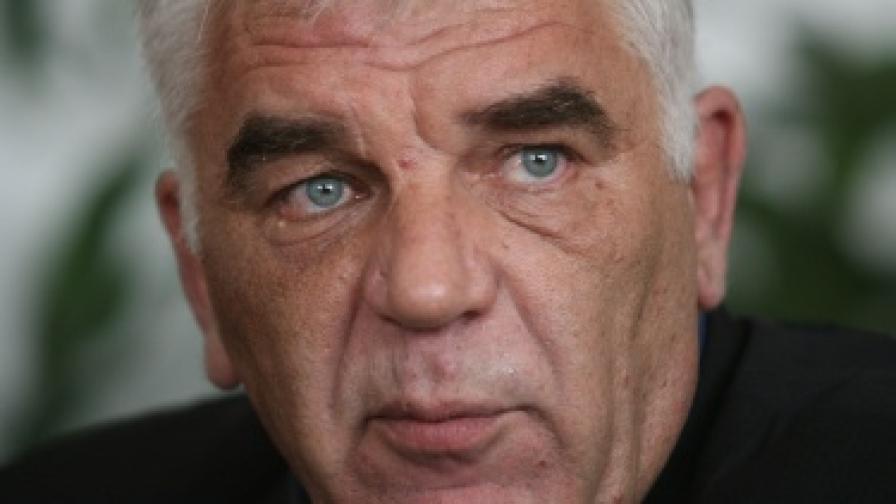 Танов: Йордан Цонев е възстановявал ДДС за милиони