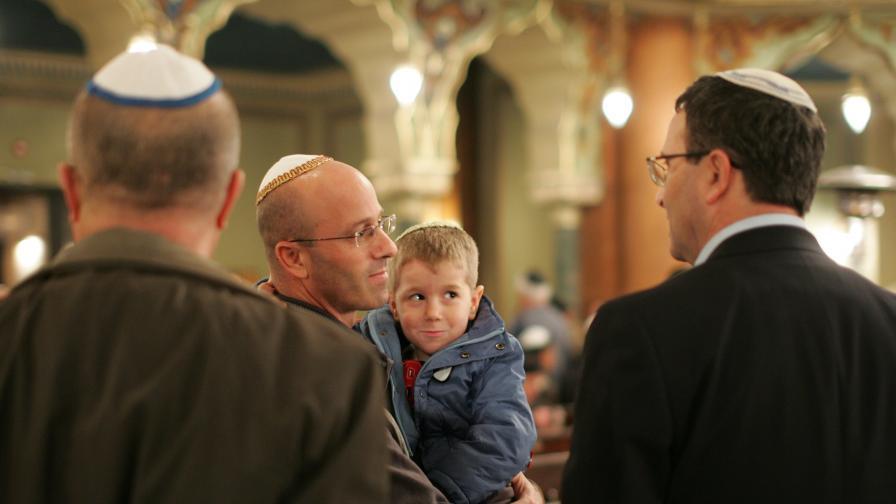 Официалните празници на религиозните общности у нас за 2012 г.