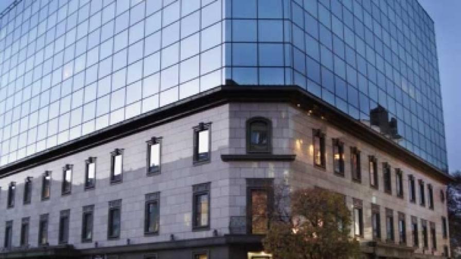 Намаляват туристическия данък в София