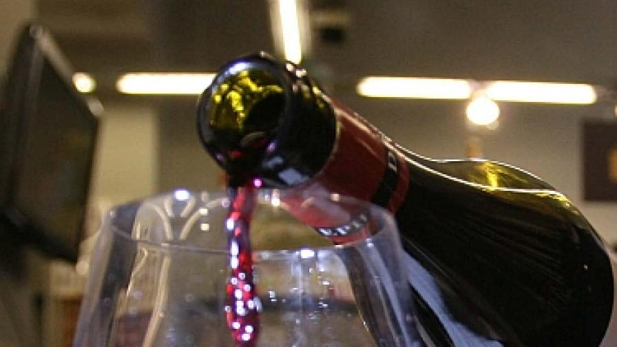 """Греяното коледно вино - от билки на """"три етажа"""""""