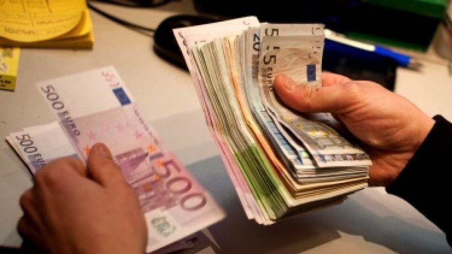 """""""Стандард енд Пуърс"""" понижи рейтинга на Франция"""