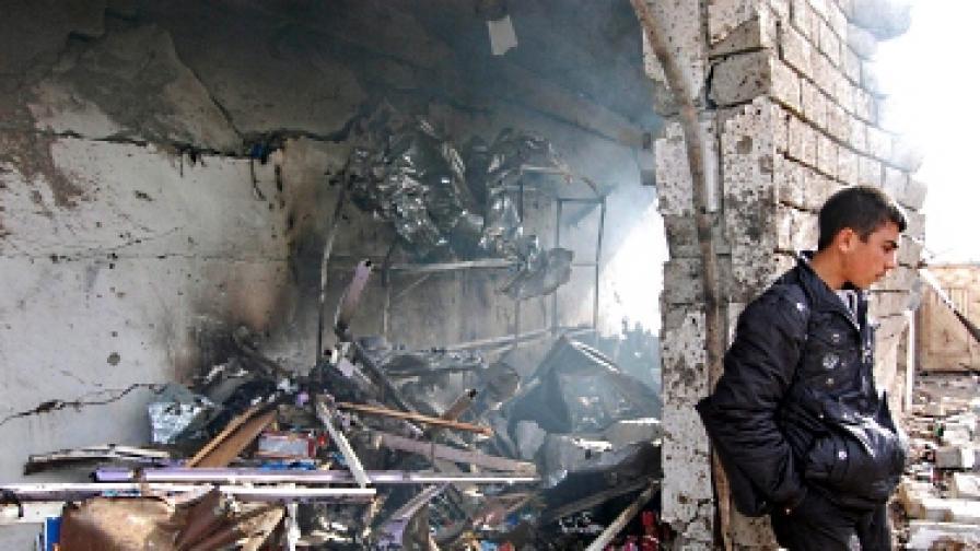 Атентат на погребение в Багдад уби близо 30 души