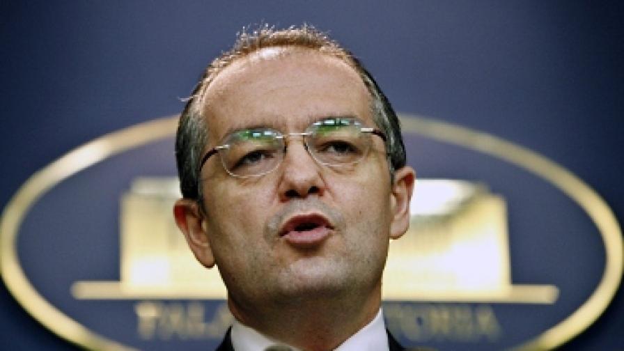 Румъния: Временен премиер замества подалия оставка Бок