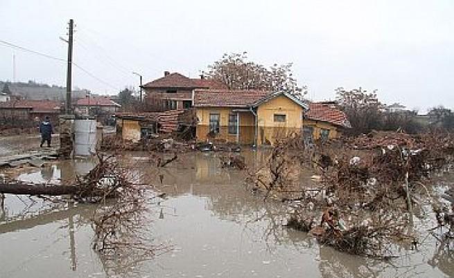 Италия и Полша ни предлагат помощ в борбата с наводненията