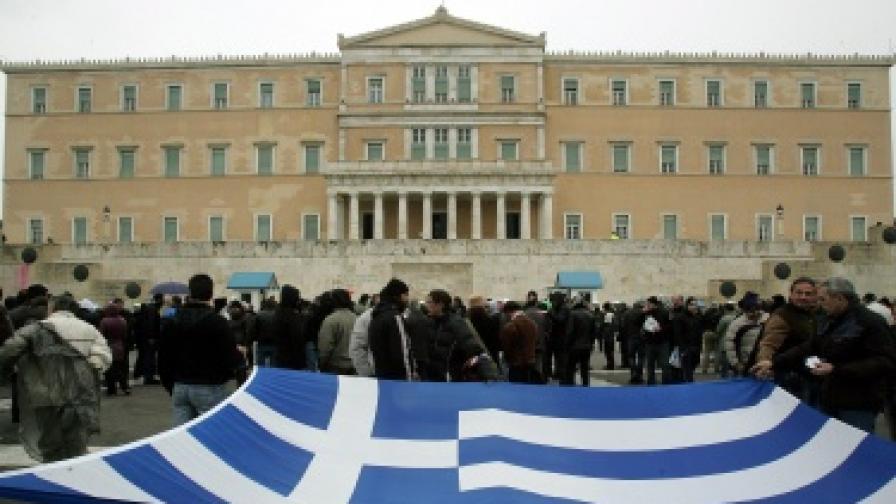 В Гърция стачките продължават