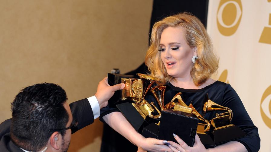 """Адел е голямата победителка на тазгодишните награди """"Грами"""""""