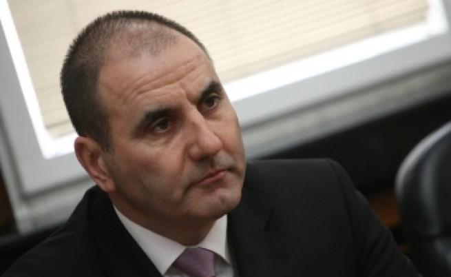 Цветанов: Не можем да следим всяко общежитие