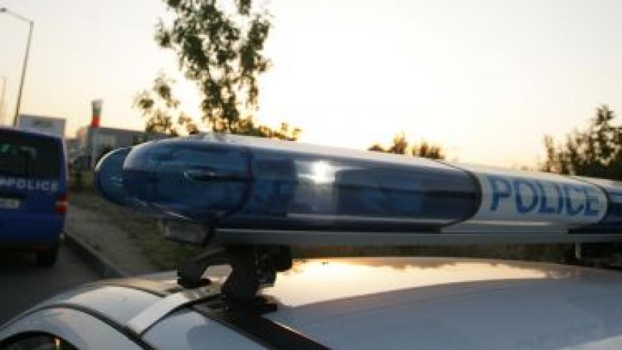 Катастрофира автобус с 14 деца, пострадали няма