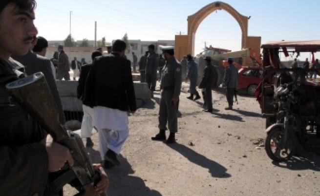 Изведоха от Афганистан войника, убил 16 цивилни