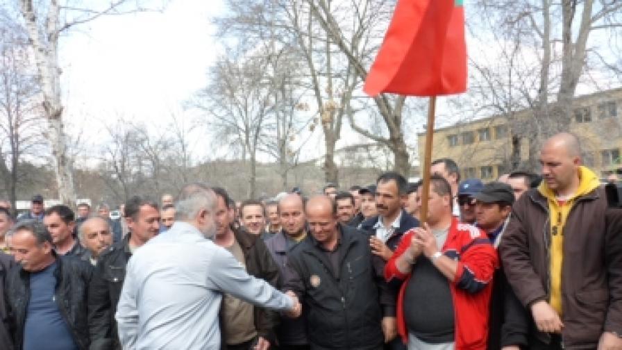 Министър Младенов: Захариев е водел ОЦК към фалит