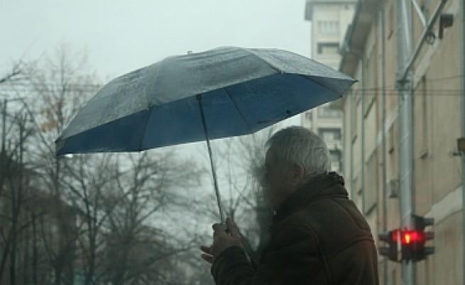Вятър, дъжд и гръм на Цветница