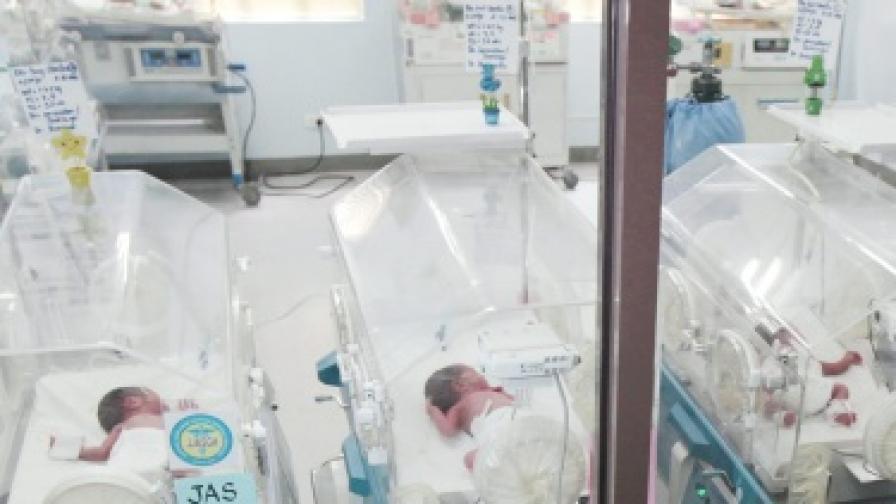 В Пакистан се роди бебе с шест крака