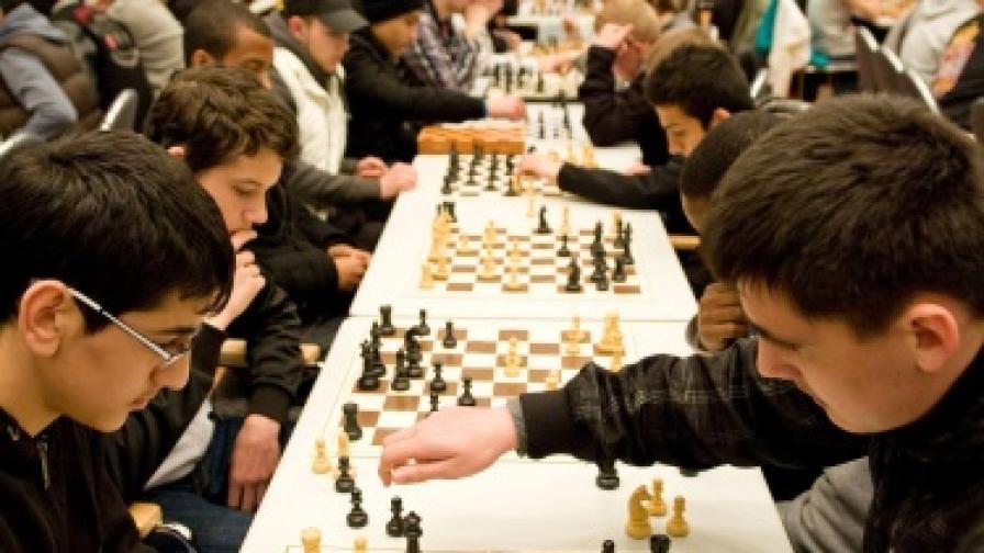 Шахът отново напира към началното училище