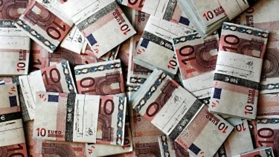 Срещу 2000 евро ще лежа вместо теб