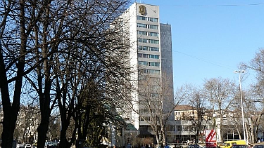 Кметът на Перник: Общината е във фактически фалит