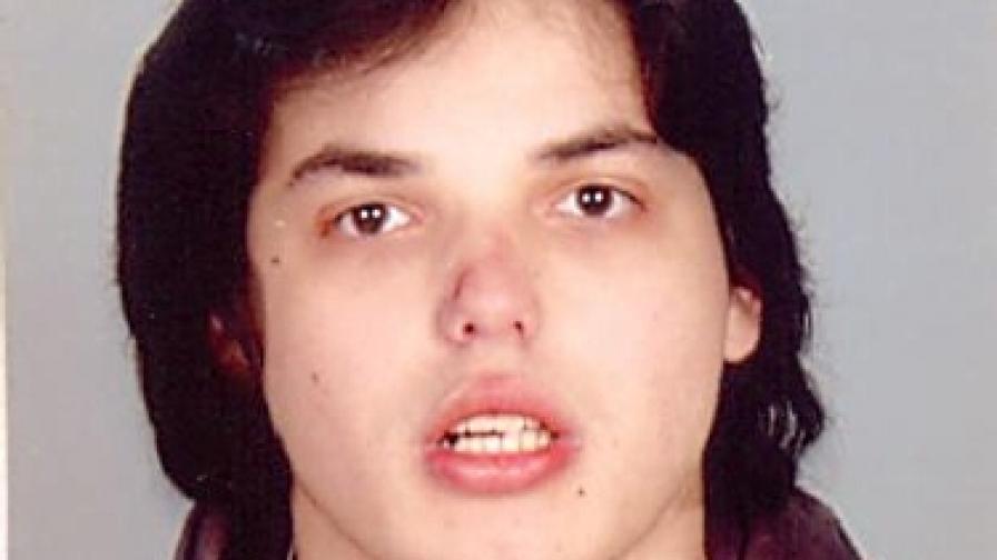 Столичната полиция издирва 20-годишно момче