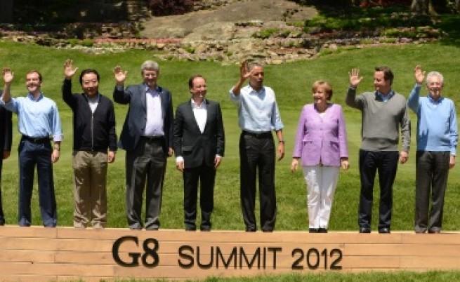 Г-8: Гърция трябва да остане в еврозоната