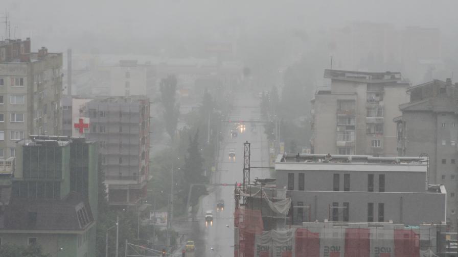 По-малко прах във въздуха през май заради обилните дъждове