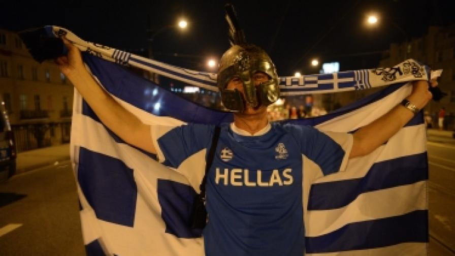 Гърците гласуват след луда нощ на радост
