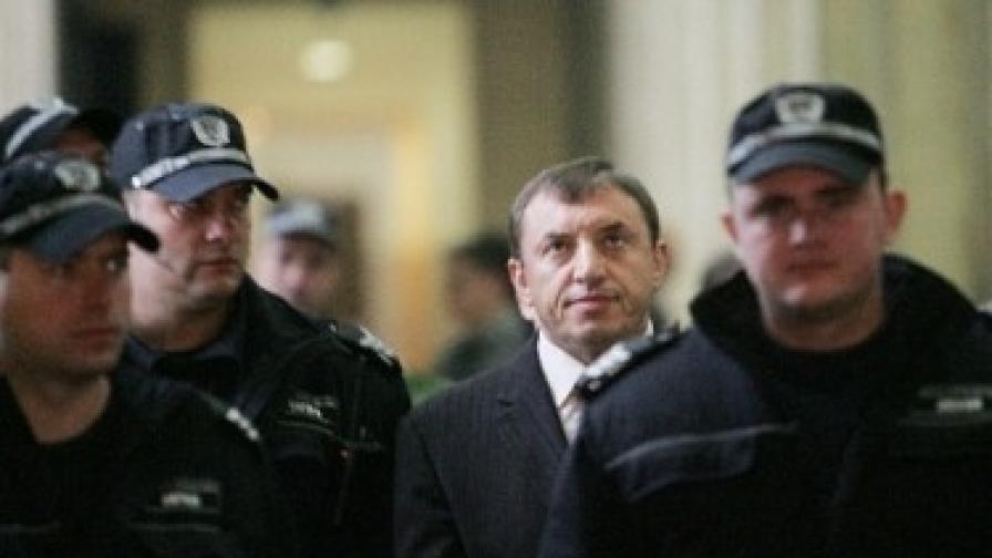 Алексей Петров в съда