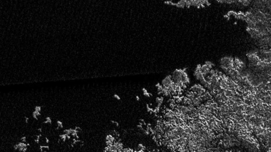 Откриха океан под повърхността на сатурновата луна Титан