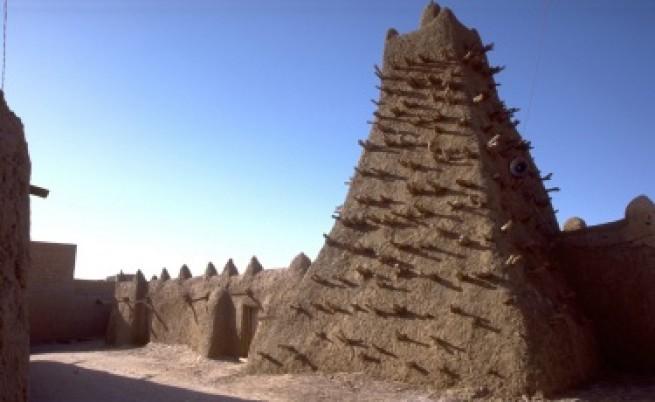 Ислямисти унищожават културното наследство на Мали