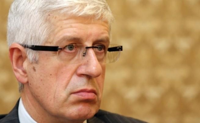 Овчаров: Изнудват ЕРП-тата, за да закърпят дупките до изборите