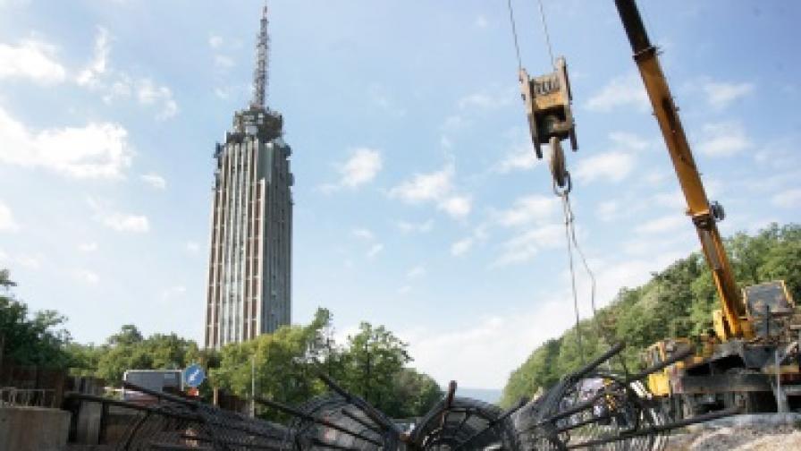 Новото кръстовище при телевизионната кула - през ноември