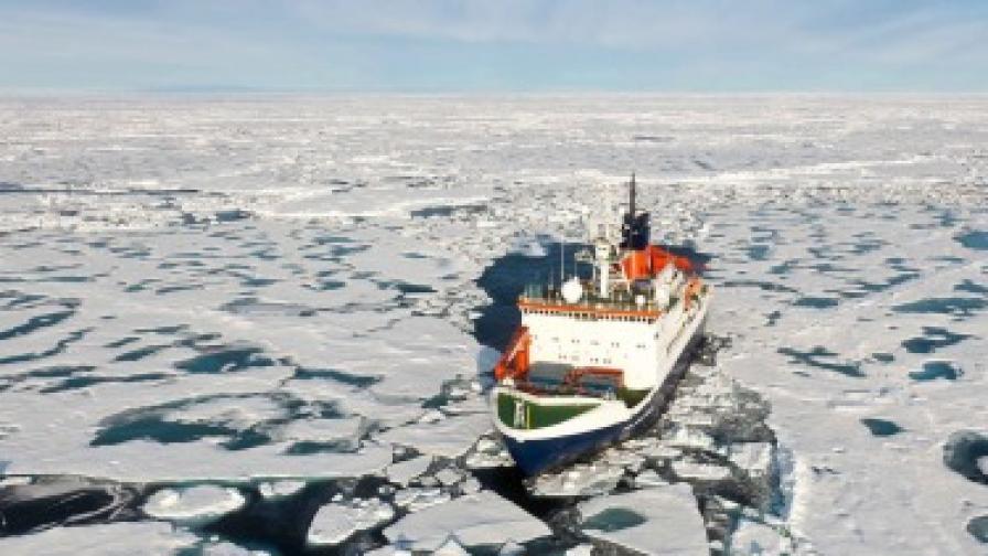Ледът в Северния ледовит океан - малко