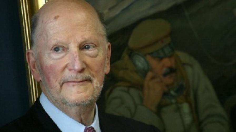 """Сакскобургготски: Твърденията, че няма нужда от """"Белене"""" са несъстоятелни"""