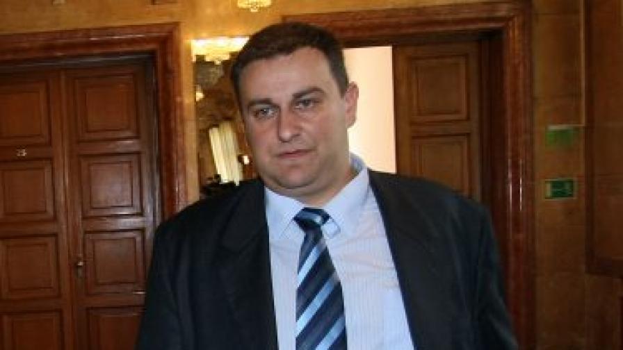 ЦИК: Емил Радев ще е новият евродепутат