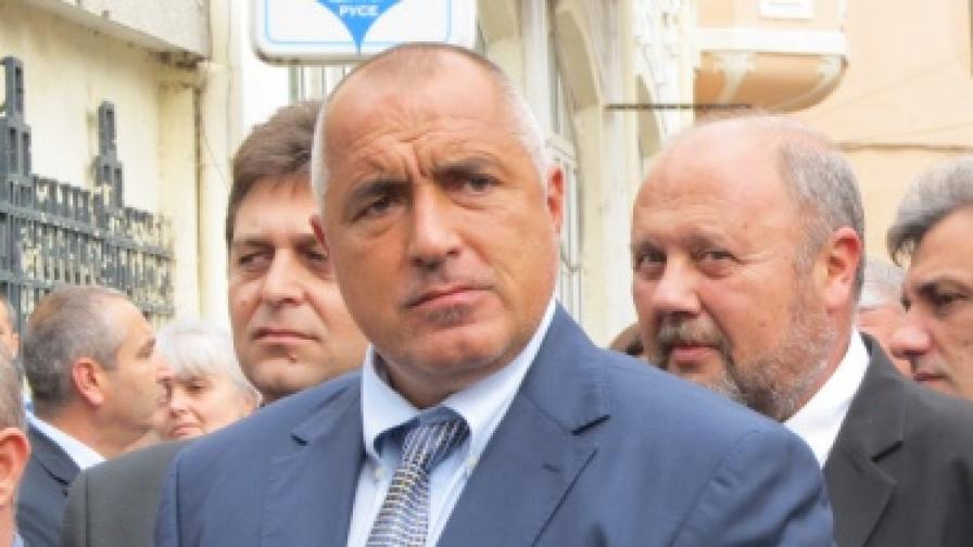 Борисов: Засега няма да местим митниците