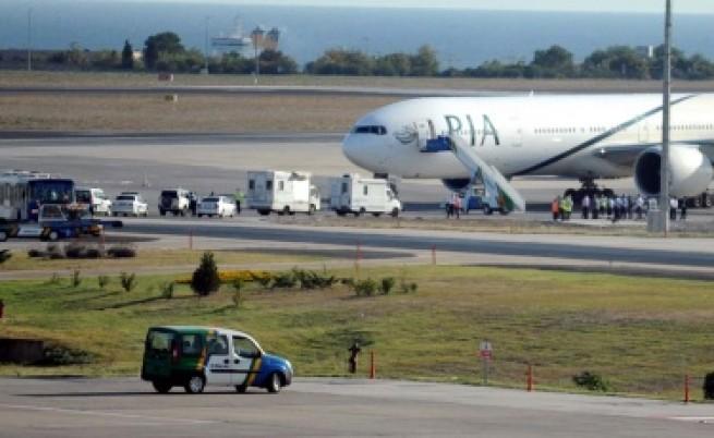 Истанбул: Авиокатастрофа се разминала на косъм
