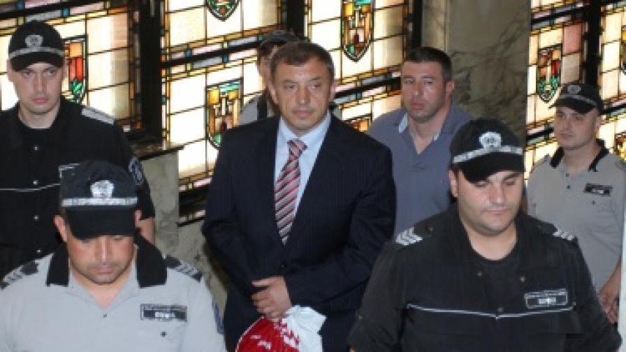 Местят Алексей Петров в Банкя