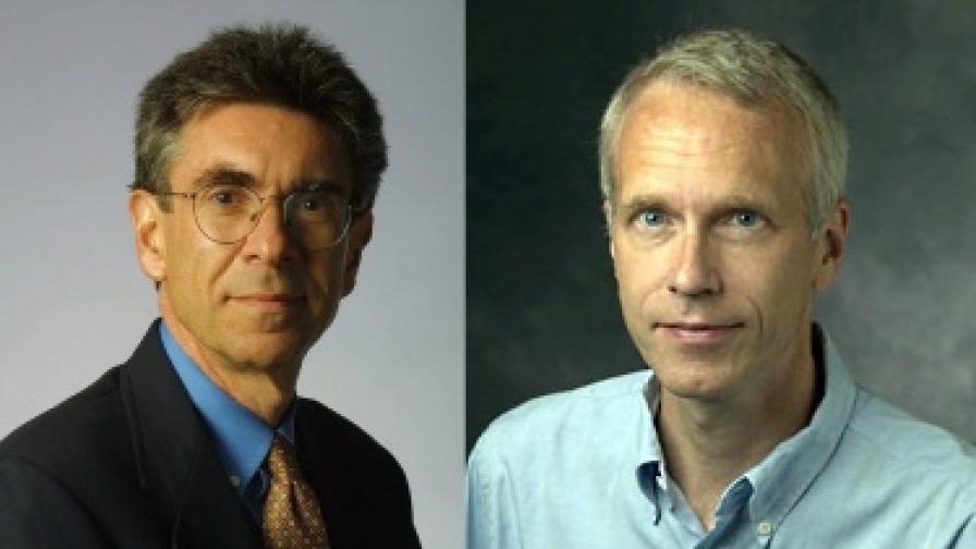 Робърт Лефковиц (вляво) и Брайън Кобилка
