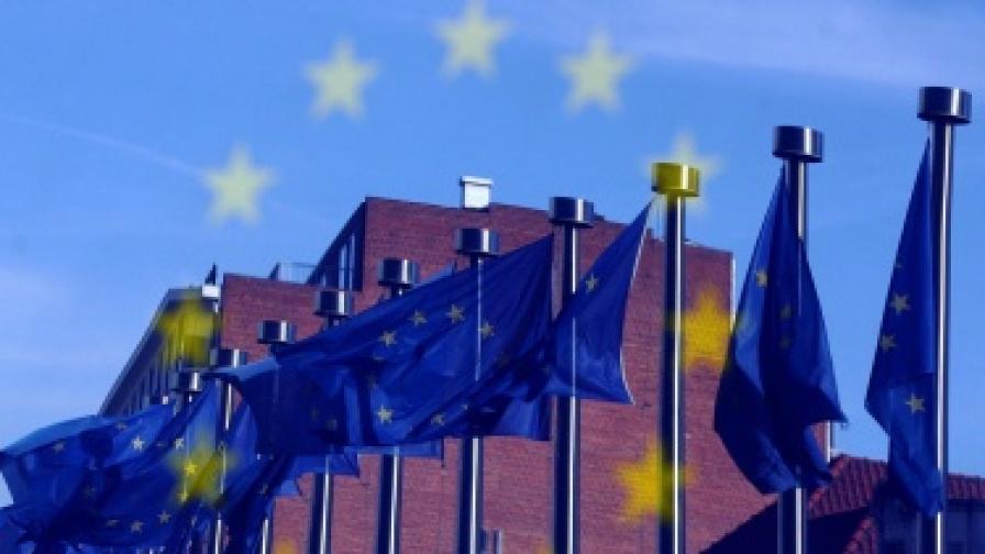 Шойбле поиска контрол на ЕК върху националните бюджети
