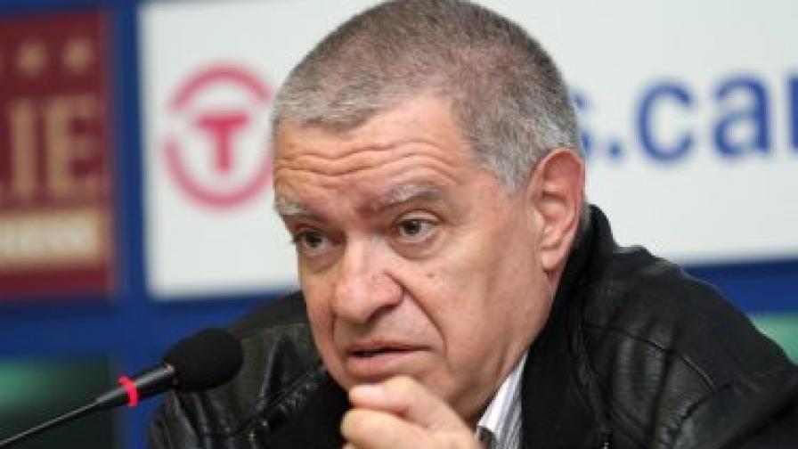 Професор д-р Михаил Константинов