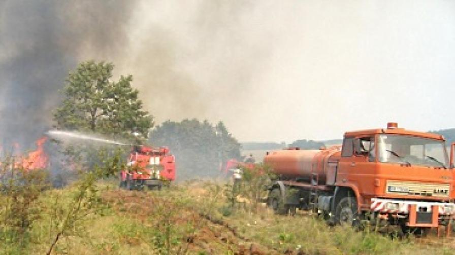 Двама мъже загинаха при пожари в Пловдивско