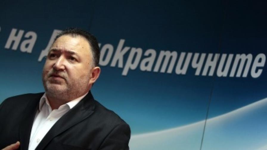 Лидерът на СДС: Поискаха ни 3 депутатски места
