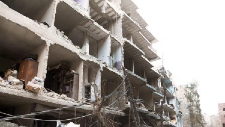 Тежки бомбардировки в Сирия