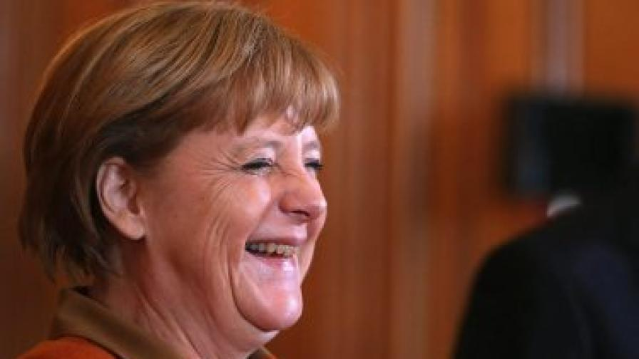 Меркел с най-високо доверие от пет години насам